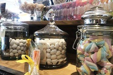 caffetteria pasticceria ilaria caramelle confetti